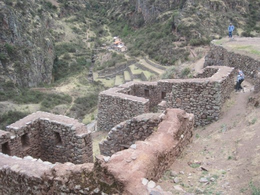 Walking through the ruins of Pisac