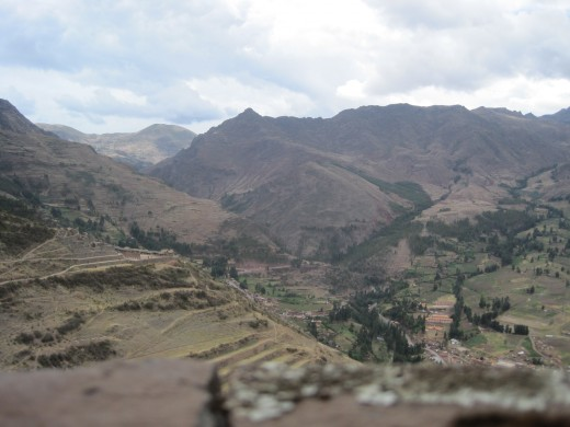 From the ledge of the window to the Sacred Valley.