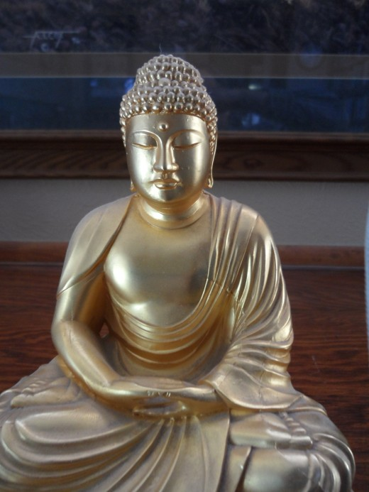 Gift of the golden Buddha