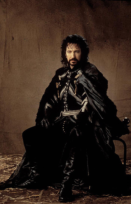 The movie rightly belongs to Rickman as the pantomime villain, the Sheriff of Nottingham