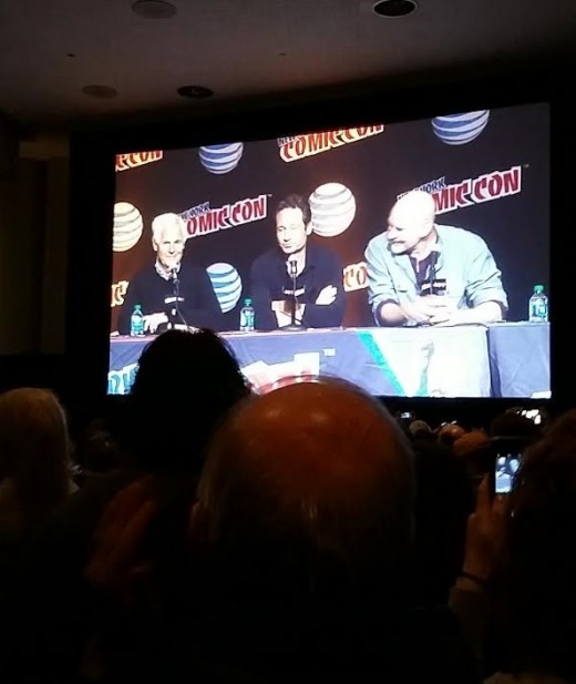 Chris Carter, David Duchovny and Mitch Pileggi on the auditorium's screen at the New York Comic Con.