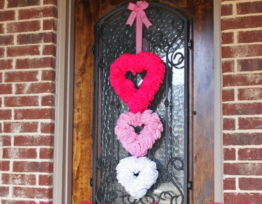 Youu0027ll Be Proud To Display This Beautiful Wreath On Your Front Door To  Celebrate Valentineu0027s Day. Find The Tutorial For Making This Wreath At A  Little Of ...