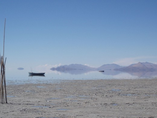 Photo of Lake Poopó in 2006