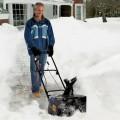 """Snow Joe SJ618E 18"""" 13 AMP Electric Snow Thrower Review"""