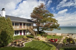 Huron House Bed & Breakfast