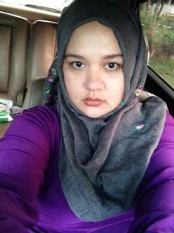 No make up but still fresh faced! (Do not mind the dark eye circles.)
