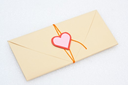 Your heart envelope is done and it looks great, doesn't it?
