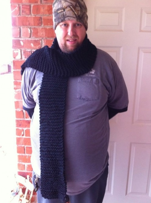 This is the plain garter stitch scarf that I made for my husband when he was my boyfriend on Valentine's Day! He still loves it even today!