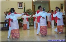 Katreji Dance www.buru.kab.gov