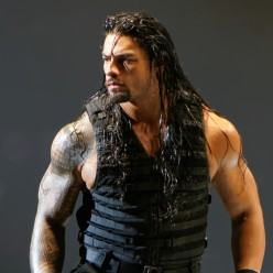 10 Ways to Keep Roman Reigns a BabyFace