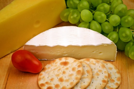 Cheese and crackers are a sleep-friendly snack