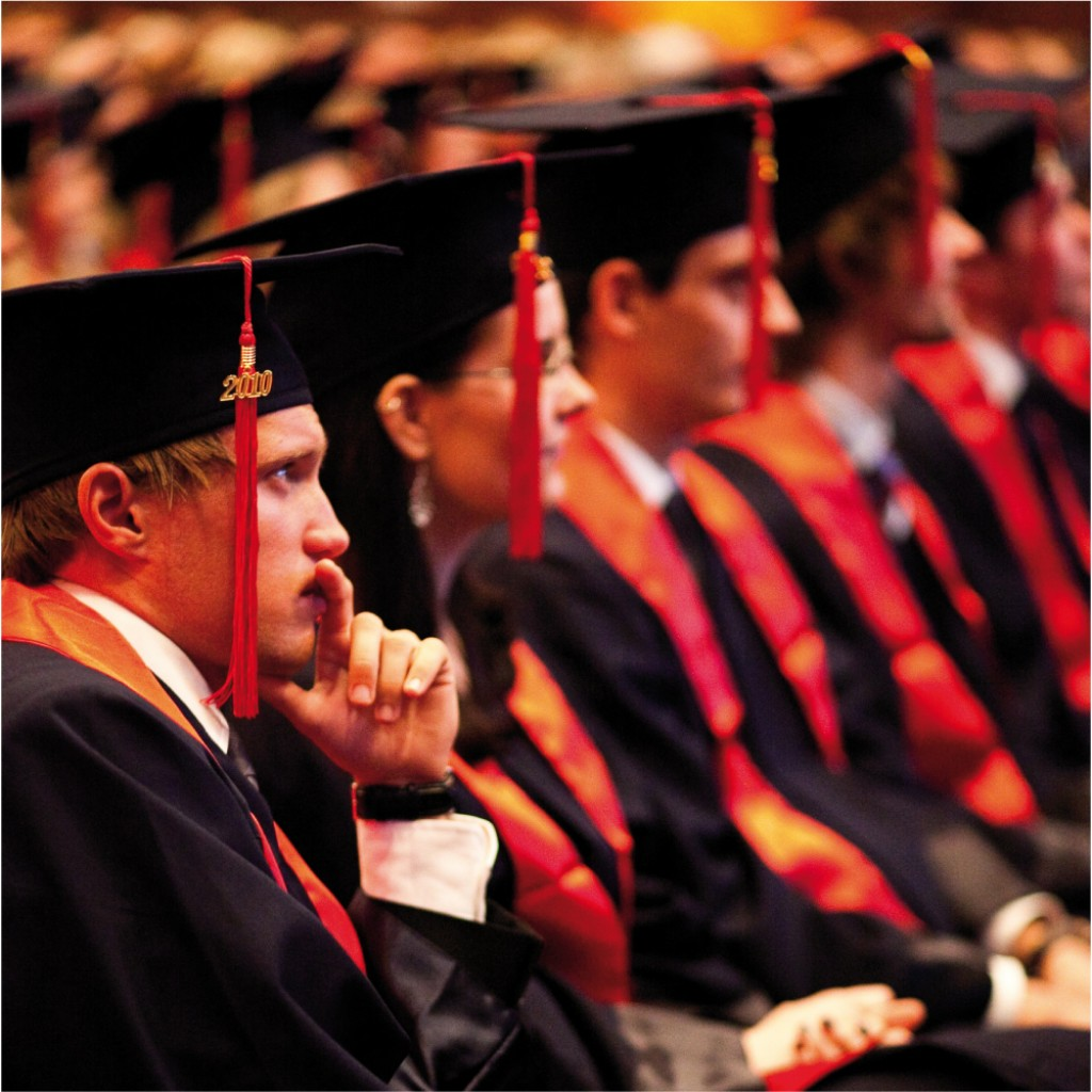 Why do Graduates Wear a Cap and Gown? | HubPages