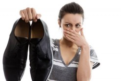 Removing Shoe Odor With Baking Soda