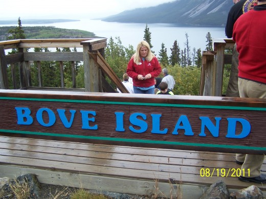 BOVE ISLAND LOOKOUT POINT