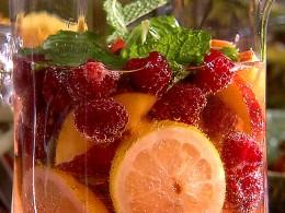 Raspberry tea punch