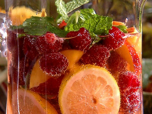 Raspberry tea punch