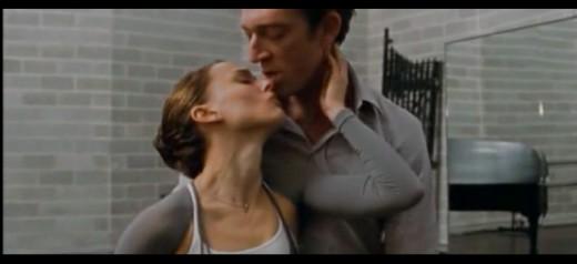 """Natalie Portman and Vincent Cassel in Darren Aronofsky's """"Black Swan"""""""