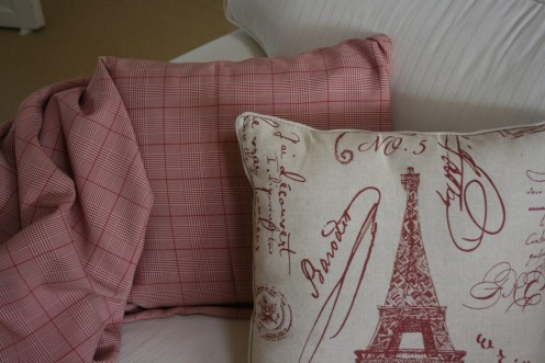 Mix and match these two fabrics for your pillows. Love the deep brick red checked fabric.