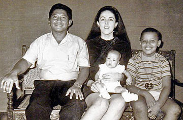 Soetoro Family Photo