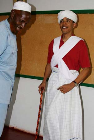Obama in seemingly Muslim Dress