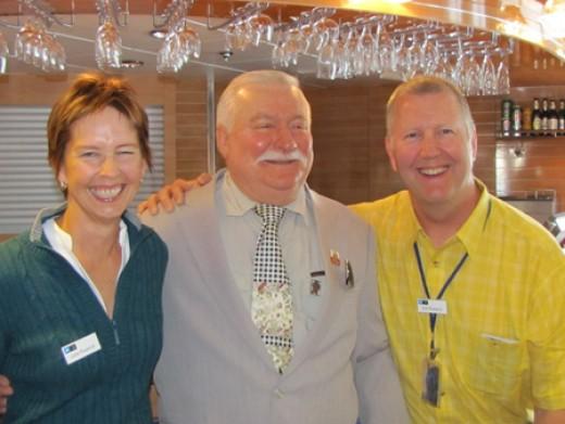 Julie, Bob And Lech