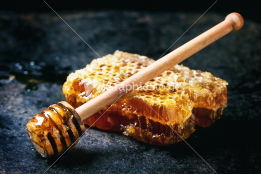 Mix a bit of honey with sweet almond oil