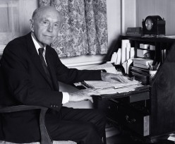 Sir Alec Douglas-Home, Lord Home of The Hirsel