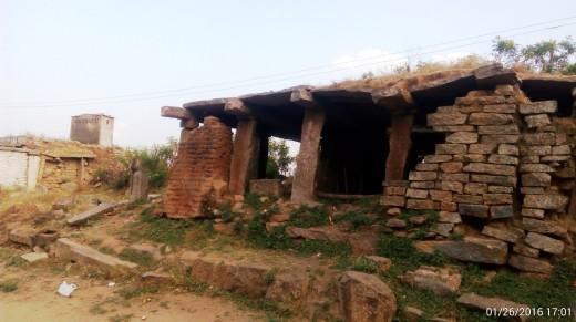 Ruins outside Yoganarasimha Temple