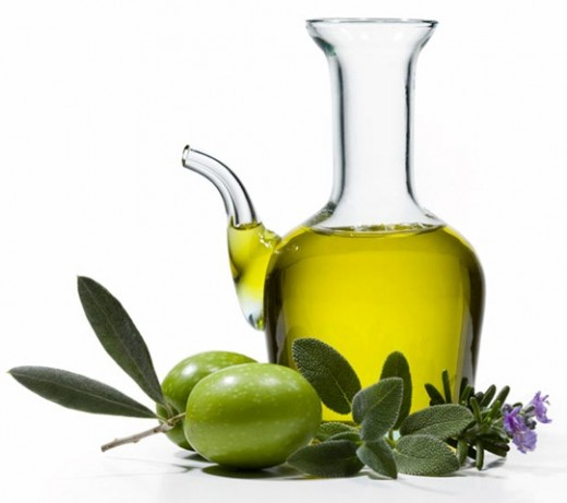 Oils and Essential Oils to Soothe Rosacea