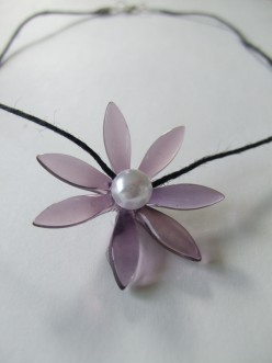 Beads Tutorial - How to Make an Easy Dagger Beads Flower Pendant Necklace