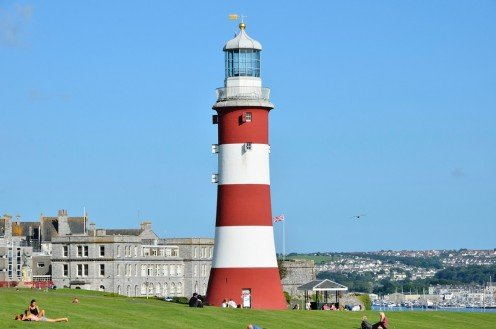 Plymouth Hoe offers a wealth of attractions and breathtaking scenery.