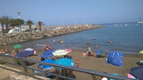 Arguineguin, a popular Gran Canarian beach that boasts a harbour too.
