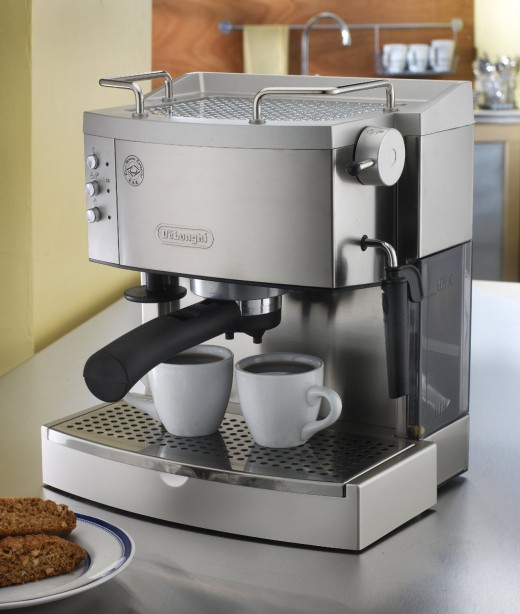 Delonghi EC702 15- Bar Pump Espresso Maker Stainless