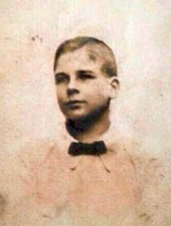 World War 1 History: Private William Hunter, 18, Executed at Dawn