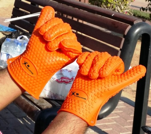 SG Max Heat Silicone BBQ Grill Oven Gloves - Free Barbecue eCookbook - Best Heat Protection - Designed in USA - L/XL Size Fit Most - Heavy Weight 13 Ounces