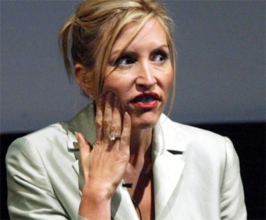This was the most flattering picture I could find of Heather Mills.