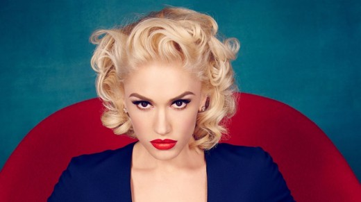Gwen's classic retro style for her 'Make Me Like You' music video