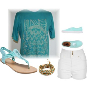 Keep cool in this snazzy batik tee shirt and cotton shorts. Take along a white skirt to wear with this tee shirt too.