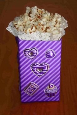 Diy - Create A Popcorn Box From A Milk Carton