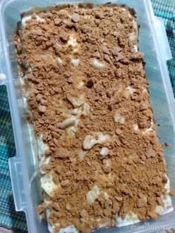 MomA's Creamy Cashew Graham Fridge Cake