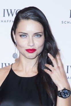 Adriana Lima, Beautiful Fashion Model from Brazil that has become the face of Victoria's Secret