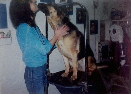 Grooming the pet should be a pleasant experience for both the animal and the human. This is me with a happy customer.