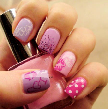Kisses | Nail Art Ideas for Birthday