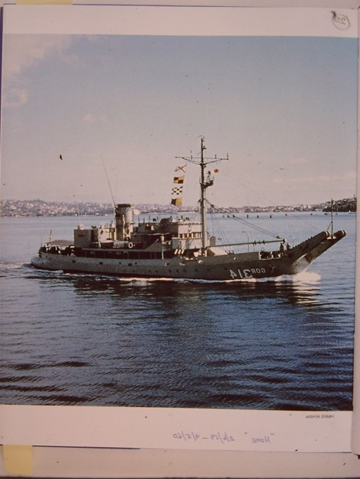 When I joined her in 1959 she had an open bridge and carried a whopping big 20 inch signalling light.  A great ship.  Loved serving on her.
