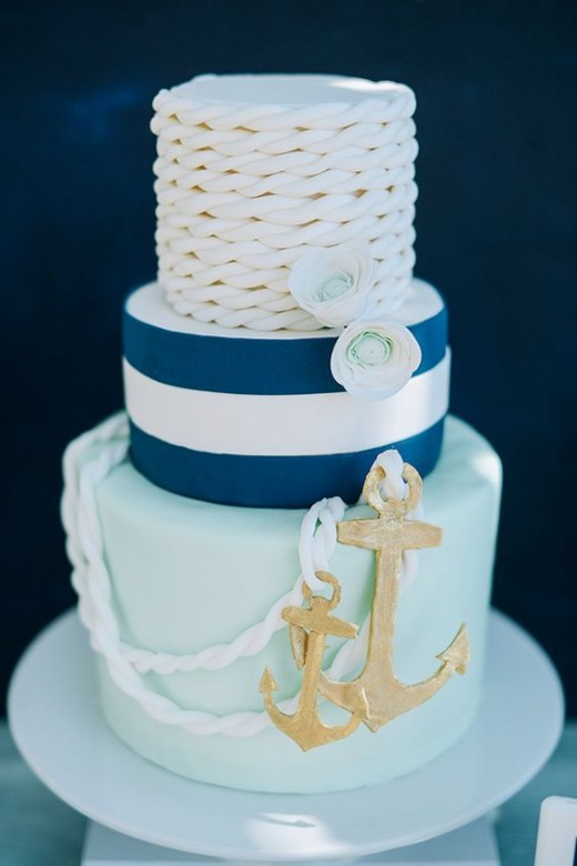 White Anchor Cake