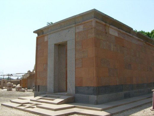 """Red Chapel"" built by Hatshepsut"