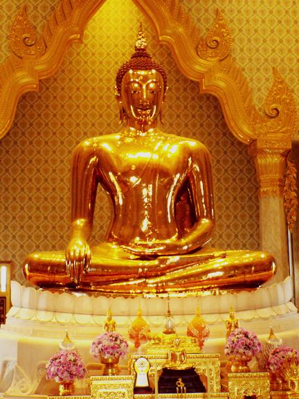 The Golden Buddha in Wat Traimit