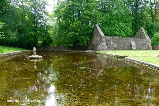 St Patrick's Well, Clonmel He possibly baptized new converts here.