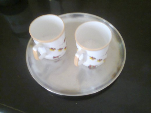 Cups with sugar in it.