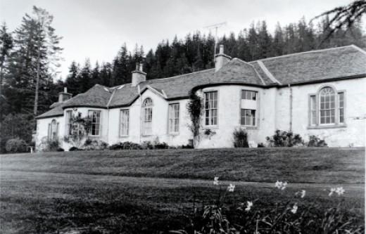 Boleskine House (older photo)
